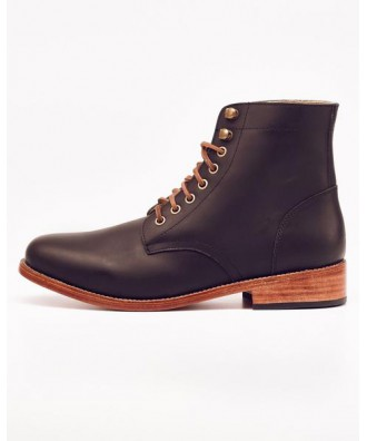 Lockwood Trench Boot Noir