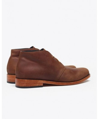 Luca Chukka Boot Oak